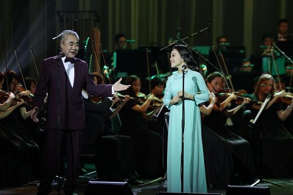 Khán giả vỗ tay không ngớt khi Họa mi Opera Lan Anh hát Bolero cùng dàn nhạc giao hưởng-3