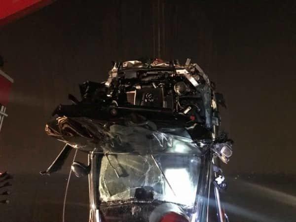 Xác minh người đàn ông có CMND trên Mercedes rơi xuống sông Hồng-2