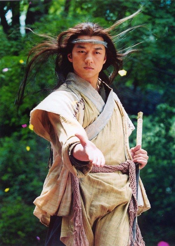 Những đại hiệp phim Kim Dung lâm cảnh nợ nần trong đời thật-1