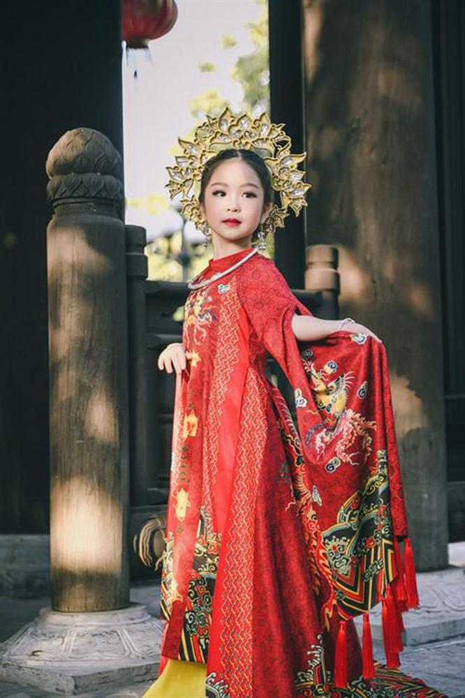 Cô bé Việt mới 6 tuổi đã đăng quang ngôi Hoa hậu tầm cỡ thế giới khiến nhiều người ngỡ ngàng-2