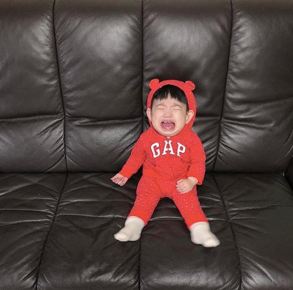 Cậu bé mặt trời Hàn Quốc mới một tuổi đã thành hiện tượng mạng-7