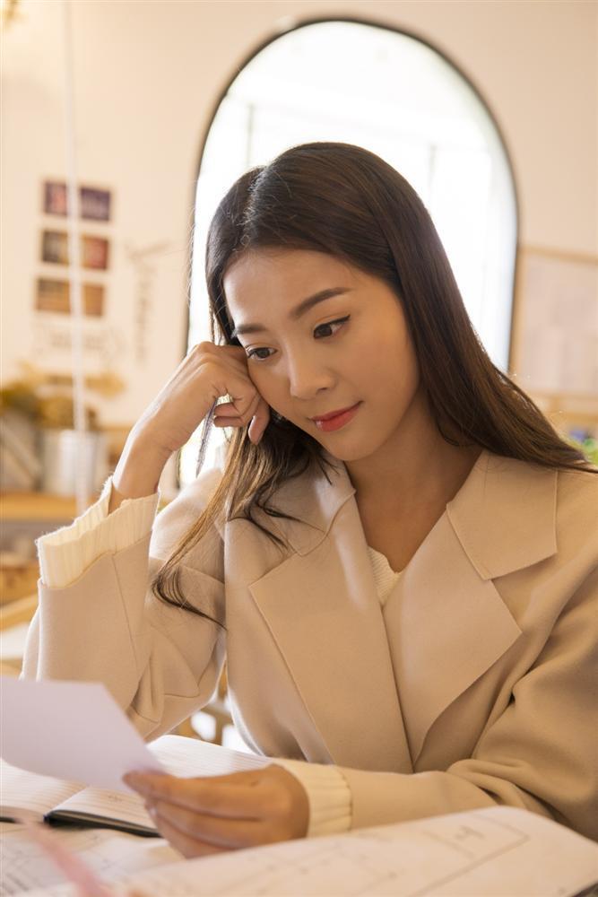 Lộ diện hình ảnh bạn thân cướp người yêu của Hoa hậu Chuyển giới Hương Giang-6