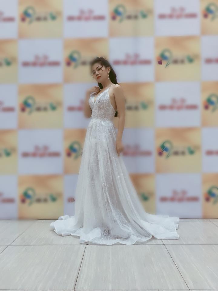 Vừa điều trị ung thư vừa chạy show đến rã rời, diễn viên Mai Phương vẫn khoe ảnh xinh như công chúa-2