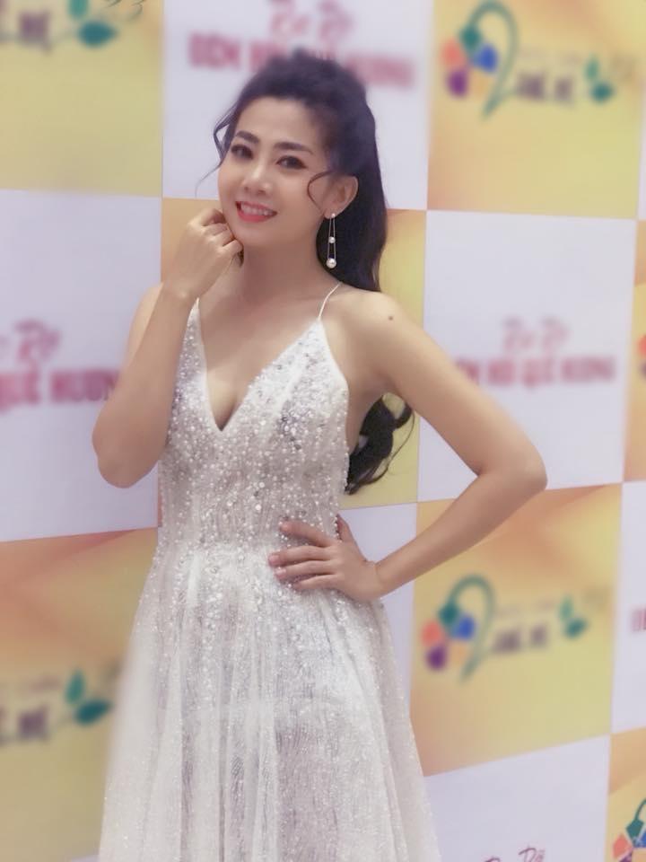 Vừa điều trị ung thư vừa chạy show đến rã rời, diễn viên Mai Phương vẫn khoe ảnh xinh như công chúa-4