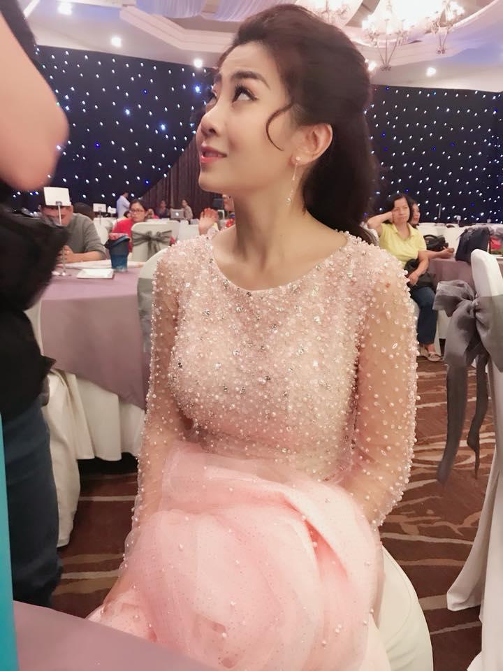 Vừa điều trị ung thư vừa chạy show đến rã rời, diễn viên Mai Phương vẫn khoe ảnh xinh như công chúa-8