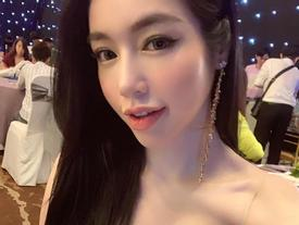 Dù sở hữu vòng 1 nóng bỏng, Elly Trần vẫn khiến khán giả khiếp sợ vì xương vai nhô lên như kiếm