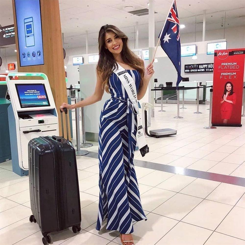 Sát giờ khởi hành sang Trung Quốc, Tiểu Vy bất ngờ lọt top 15 người đẹp sáng giá nhất Miss World 2018-4