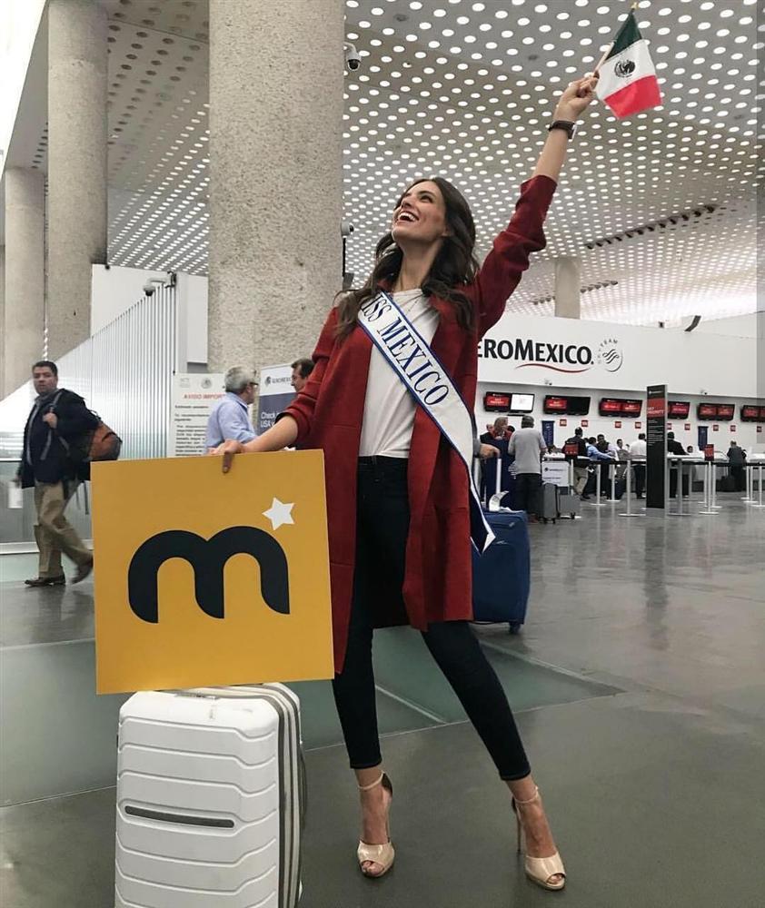 Sát giờ khởi hành sang Trung Quốc, Tiểu Vy bất ngờ lọt top 15 người đẹp sáng giá nhất Miss World 2018-10