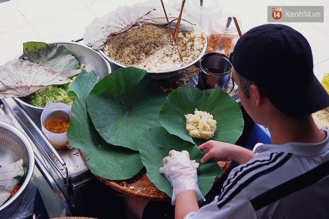 Quán ăn đông nghịt khách, chỉ bán vài tiếng là hết veo ở Sài Gòn-1