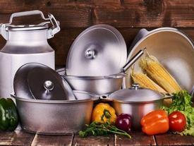 Suốt ngày nấu ăn bằng những dụng cụ nhà bếp này mà không biết nó vô cùng độc hại