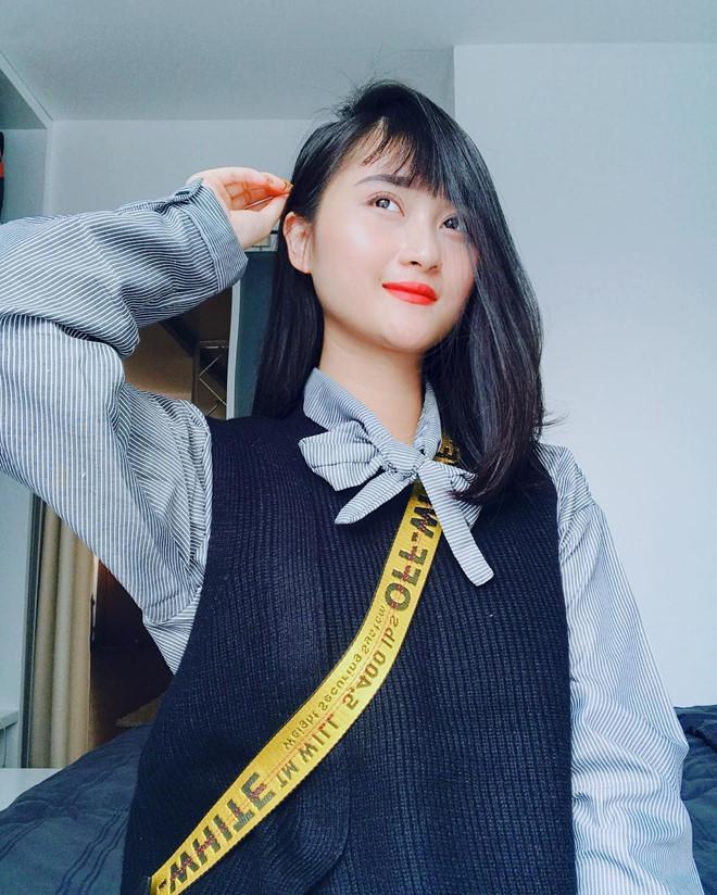 Bạn gái 9X xinh như hot girl, yêu 3 năm của cầu thủ Huy Hùng-3