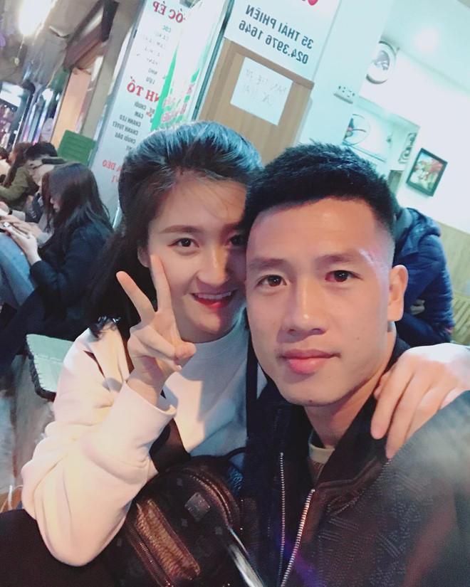Bạn gái 9X xinh như hot girl, yêu 3 năm của cầu thủ Huy Hùng-7
