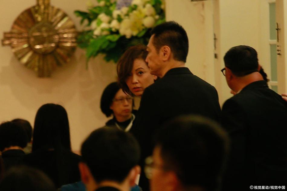 Dàn sao hạng A Hong Kong không kìm nổi sự đau xót khi đến viếng lễ tang ngọc nữ bạc mệnh Lam Khiết Anh-9