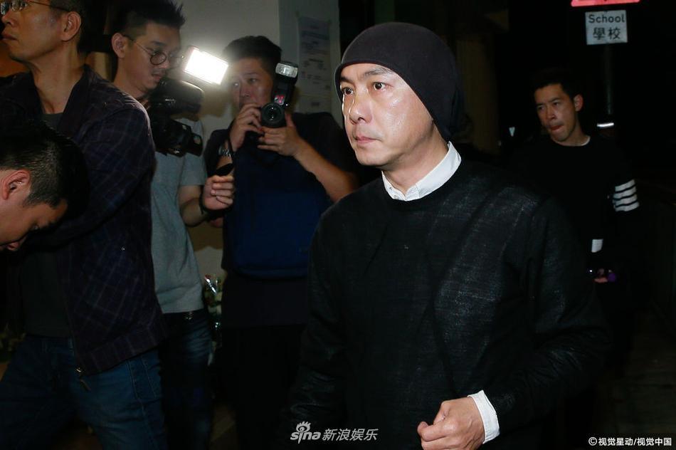 Dàn sao hạng A Hong Kong không kìm nổi sự đau xót khi đến viếng lễ tang ngọc nữ bạc mệnh Lam Khiết Anh-2