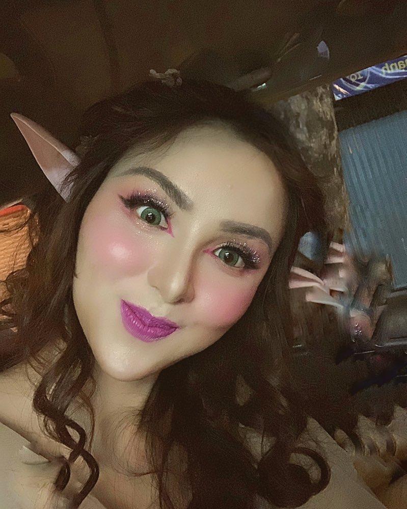 Hoa hậu Diễm Hương gây xôn xao với gương mặt bị nghiệp đoàn mạng nhận xét chẳng khác nào búp bê hư-8