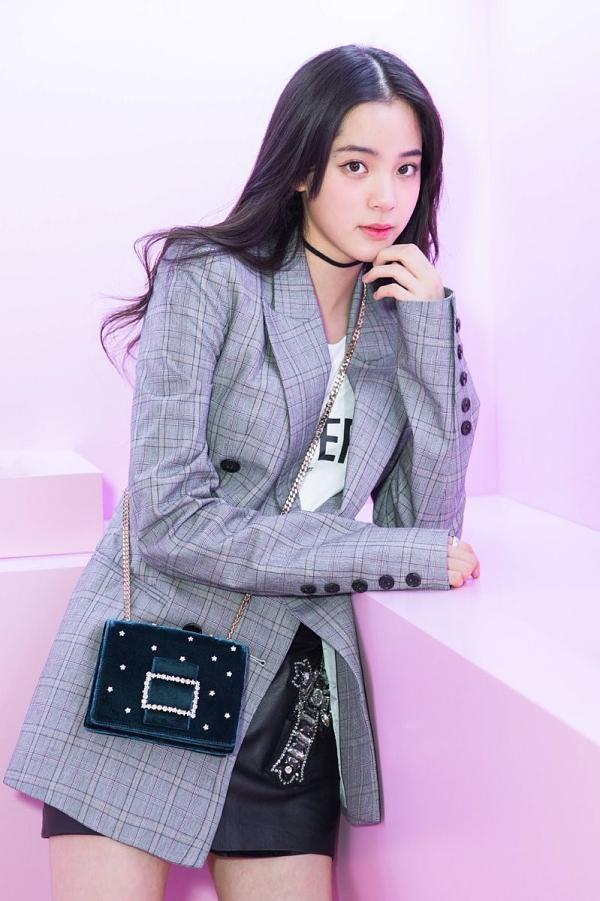 Âu Dương Na Na - sao nữ 18 tuổi xinh đẹp và gia thế nhất Đài Loan-15