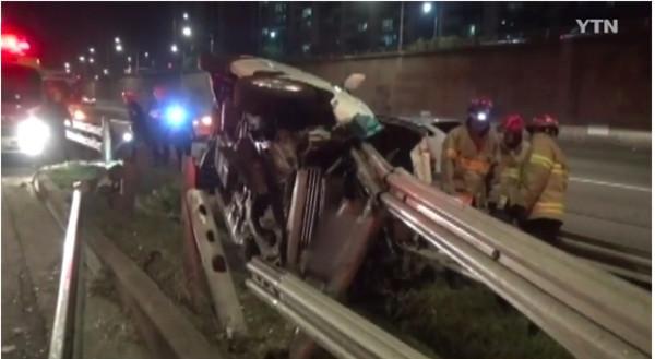 Nam diễn viên Cô dâu thuỷ thần gặp tai nạn, xe ô tô nát vụn-2