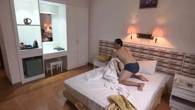 Lộ clip bố dượng Quỳnh Búp Bê cưỡng hiếp em gái Lan Cave-2