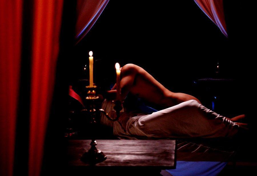 Diễn viên bỏ tiền sang Thái nâng ngực để tự tin đóng cảnh nóng-2