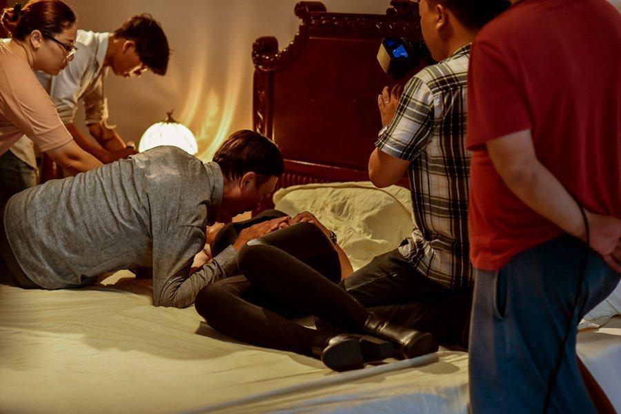 Diễn viên bỏ tiền sang Thái nâng ngực để tự tin đóng cảnh nóng-5