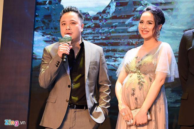 Đinh Ngọc Diệp, Victor Vũ khoe ảnh con trai đầu lòng mới sinh-2