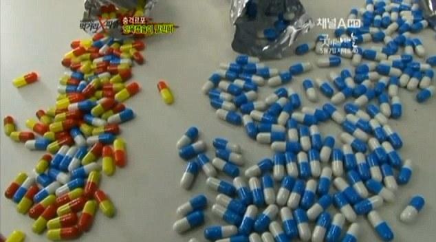 Thâm nhập đường dây sản xuất thuốc làm từ thịt người của Trung Quốc đang gây chấn động dư luận-4
