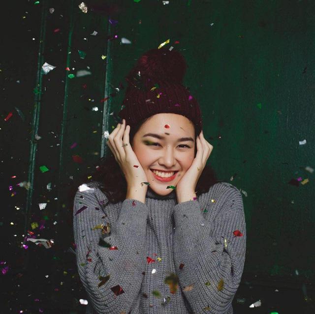 Bất ngờ trước nhan sắc và danh tiếng không thể đùa với cô dâu hờ của hotboy Minh Châu-12