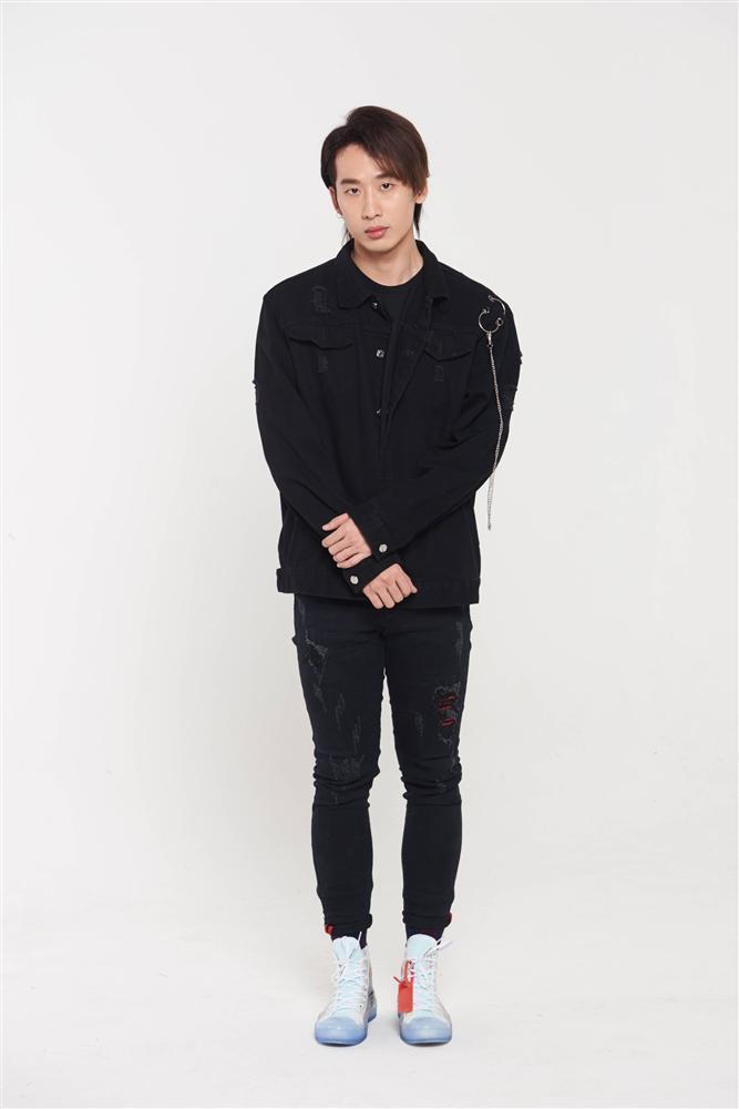 3 mỹ nam hứa hẹn gây sốt trong web drama của Hari Won là ai?-3