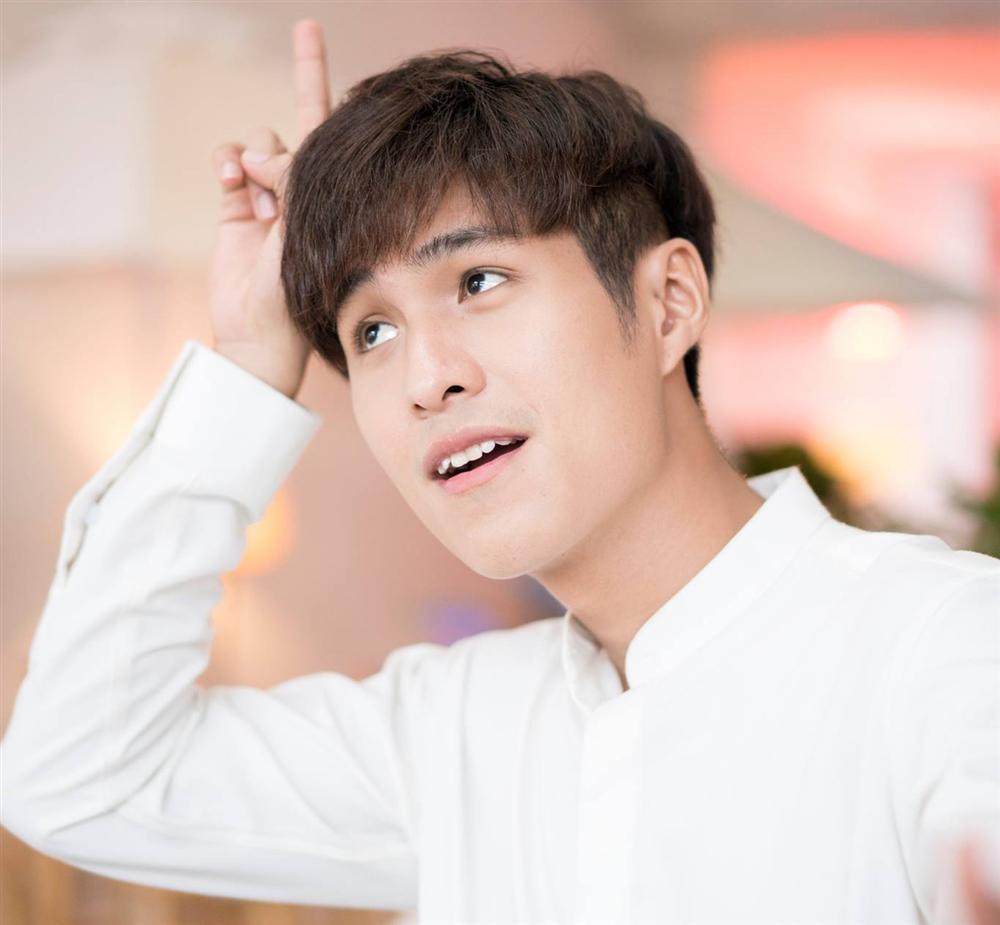 3 mỹ nam hứa hẹn gây sốt trong web drama của Hari Won là ai?-7