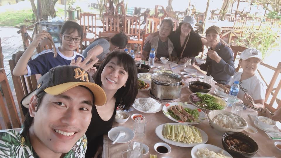Loạt sao nam Việt yêu người tình lớn tuổi: Người âm thầm vẫn hạnh phúc, kẻ ồn ào lại phân ly-11