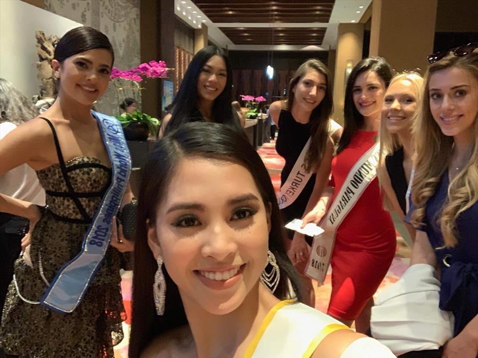 Mới ngày đầu xuất trận tại Miss World 2018, Tiểu Vy đã được khen ngợi là bản sao của nữ thần sắc đẹp Li Băng-1