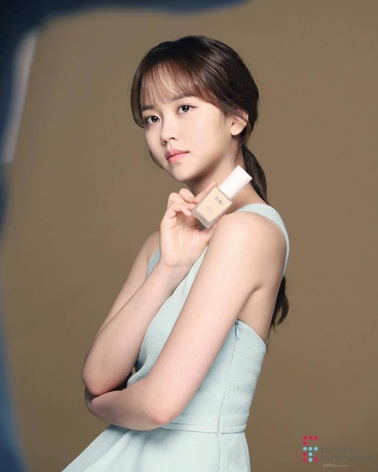 Ahn Jae Hyun đăng ảnh mới, cư dân mạng cứ ngỡ là bà xã Goo Hye Sun-6