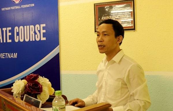Sếp VFF nói gì khi CĐV chen chúc mua vé xem Việt Nam vs Malaysia?-3