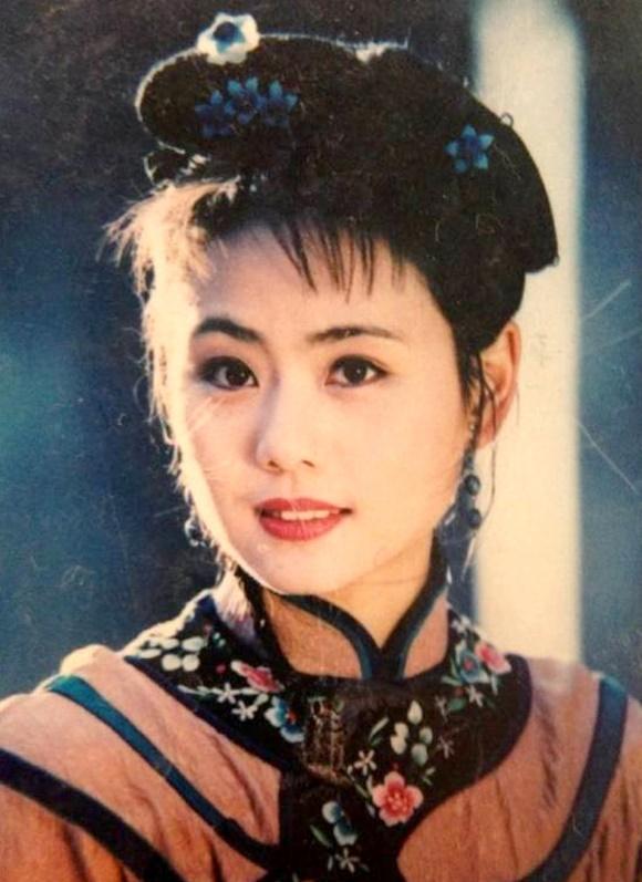 Tái ngộ sau 20 năm, Tiểu Yến Tử và Liễu Hồng của Hoàn Châu Cách Cách vẫn trẻ đẹp như xưa-6