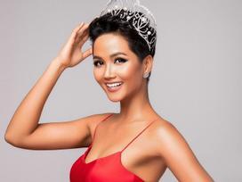 Trước H'Hen Niê, nhiều người đẹp Việt cũng từng sửa 'góc con người' để có nụ cười vạn người mê