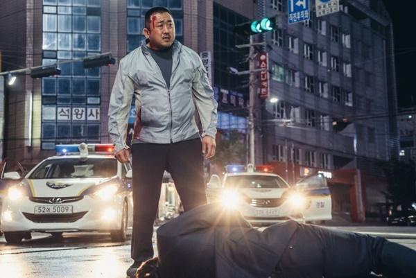 Tưởng không hay mà hay không tưởng, Intimate Strangers cán mốc 3 triệu khán giả và tiếp tục tạo kỷ lục phòng vé Hàn Quốc-6