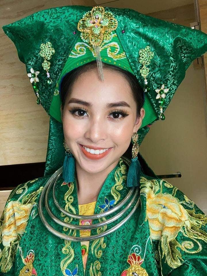 Hoa hậu Tiểu Vy lên đồng với bài múa Cô đôi thượng ngàn trong phần thi Dance of the World-1