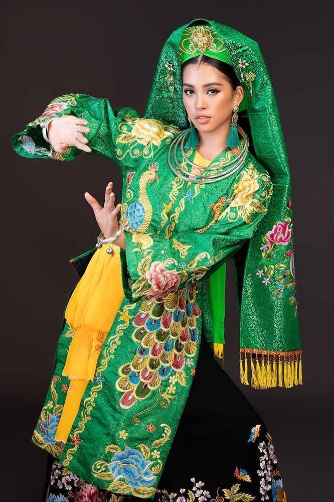 Hoa hậu Tiểu Vy lên đồng với bài múa Cô đôi thượng ngàn trong phần thi Dance of the World-7