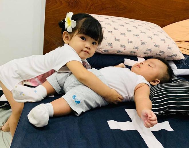 Ca sĩ Hải Băng lo lắng khi lại mang bầu sau 3 tháng sinh mổ-2