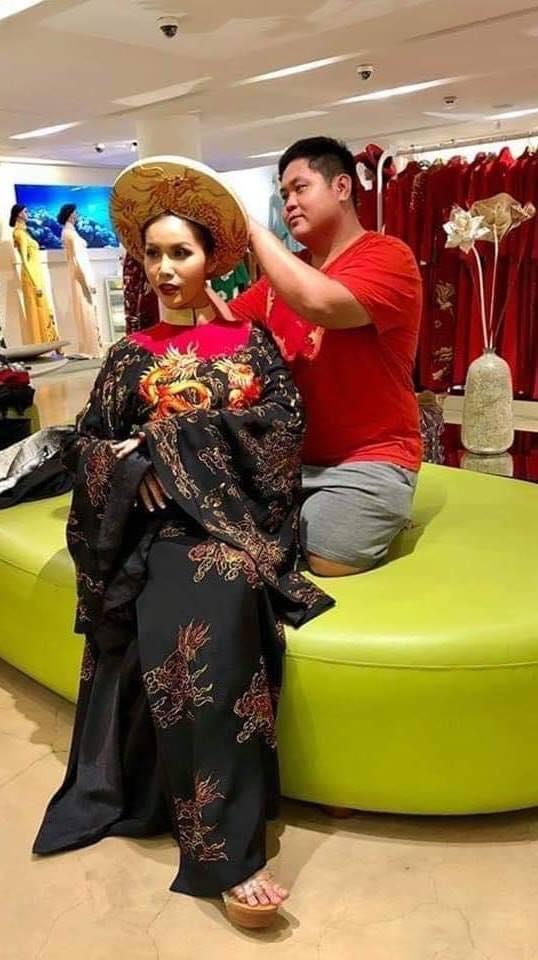 Lộ ảnh mặc quốc phục dự thi Miss Supranational 2018, Minh Tú bị chê già như bà ngoại đi tế Tổ-1