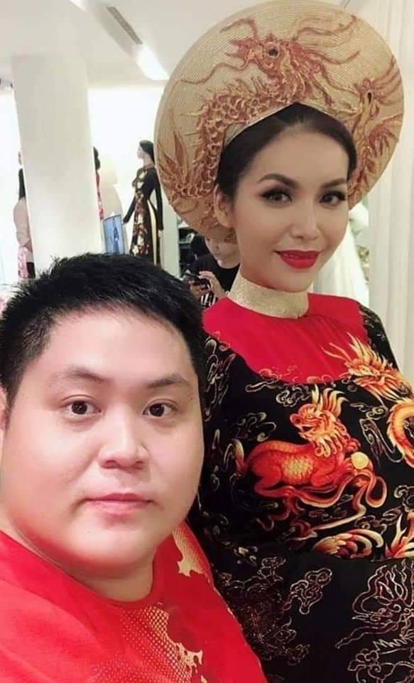 Lộ ảnh mặc quốc phục dự thi Miss Supranational 2018, Minh Tú bị chê già như bà ngoại đi tế Tổ-2