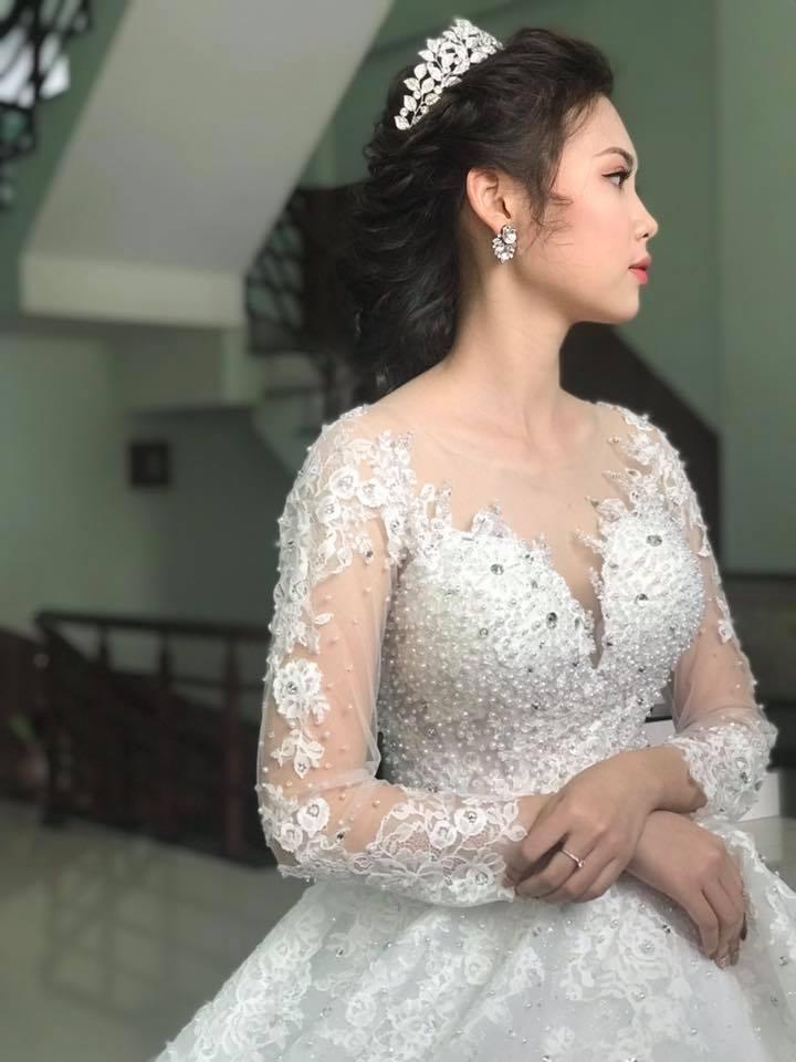 Hé lộ thêm những hình ảnh cô dâu 18 tuổi đẹp như hotgirl trong đám cưới nhiều tỷ tại Vĩnh Phúc-8