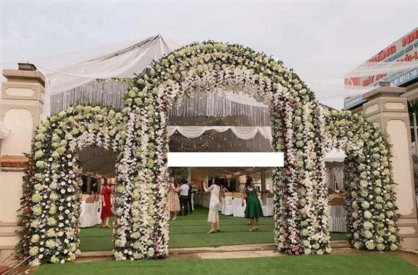 Hé lộ thêm những hình ảnh cô dâu 18 tuổi đẹp như hotgirl trong đám cưới nhiều tỷ tại Vĩnh Phúc-3