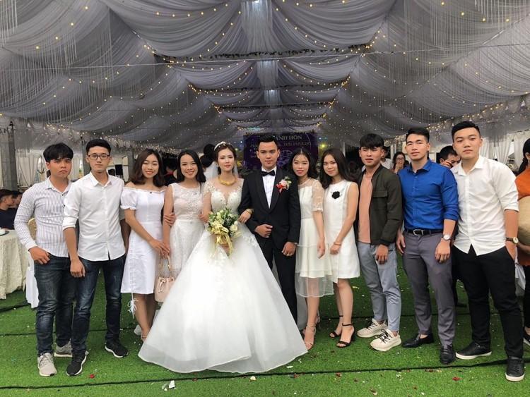 Hé lộ thêm những hình ảnh cô dâu 18 tuổi đẹp như hotgirl trong đám cưới nhiều tỷ tại Vĩnh Phúc-11