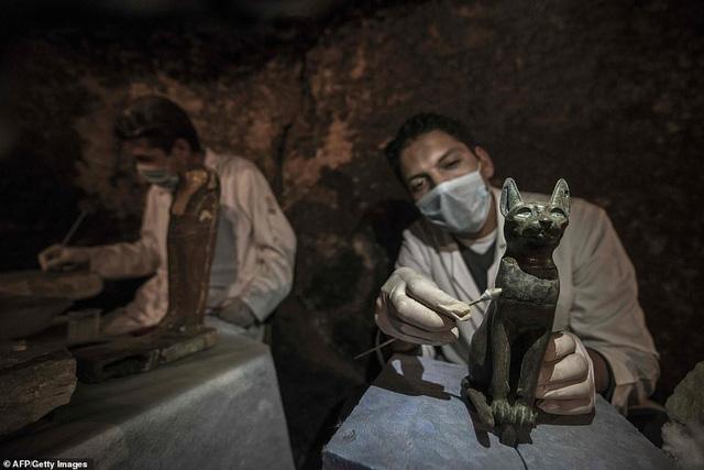 Phát hiện hàng chục xác ướp lạ trong ngôi mộ cổ 6.000 năm tuổi-3