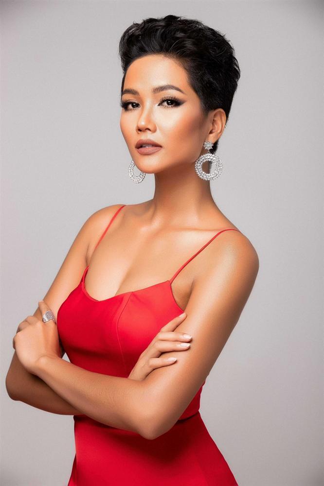 Sát ngày thi Miss Universe 2018, HHen Niê gây hoang mang với thông báo sẽ cắt tóc ngắn hơn-2