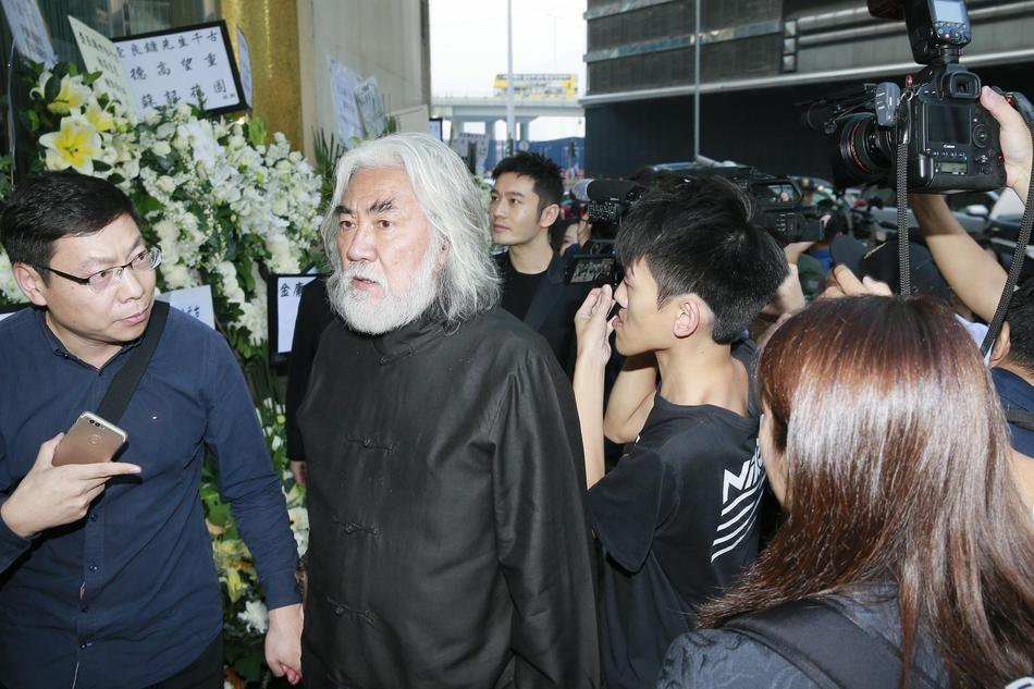 Tỷ phú Jack Ma, Trần Kiều Ân cùng nhiều nghệ sĩ vội vã đến Hong Kong dự tang lễ Kim Dung-3