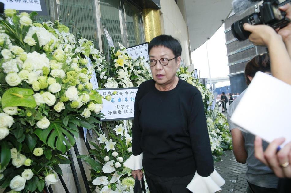 Tỷ phú Jack Ma, Trần Kiều Ân cùng nhiều nghệ sĩ vội vã đến Hong Kong dự tang lễ Kim Dung-9