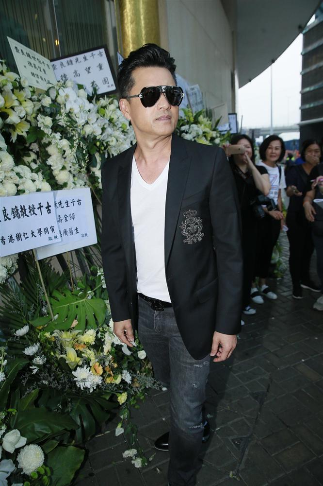 Tỷ phú Jack Ma, Trần Kiều Ân cùng nhiều nghệ sĩ vội vã đến Hong Kong dự tang lễ Kim Dung-7