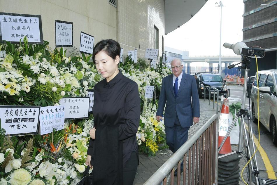 Tỷ phú Jack Ma, Trần Kiều Ân cùng nhiều nghệ sĩ vội vã đến Hong Kong dự tang lễ Kim Dung-12